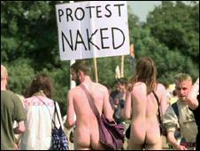 В Британии Гау не один, кто выбирает такой тип протеста