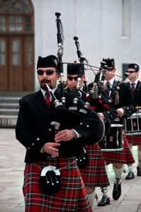 Оркестр Волынщиков Москвы на Соборной площади Московского Кремля