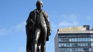 Памятник Роберту Бернсу в Глазго