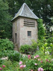 беседка, сад замка Кратес