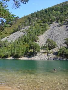 секретное озеро, Кэрнгормс