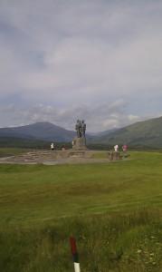 памятник британским Коммандос в Лохабере