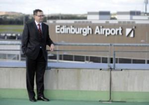 Джим О`Салливан, эдинбургский аэропорт